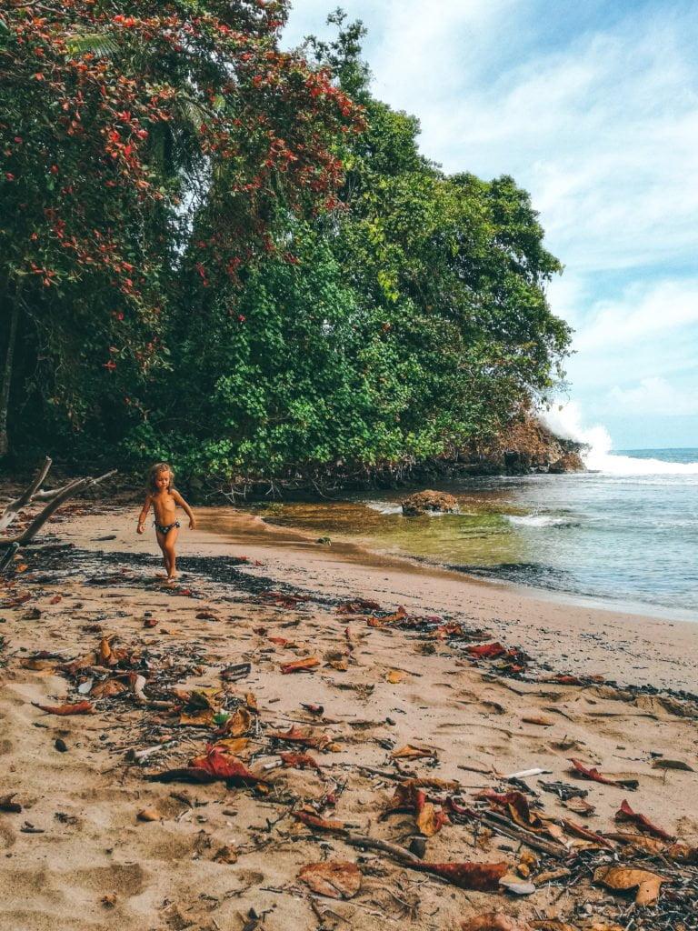 Bianca su una spiaggia