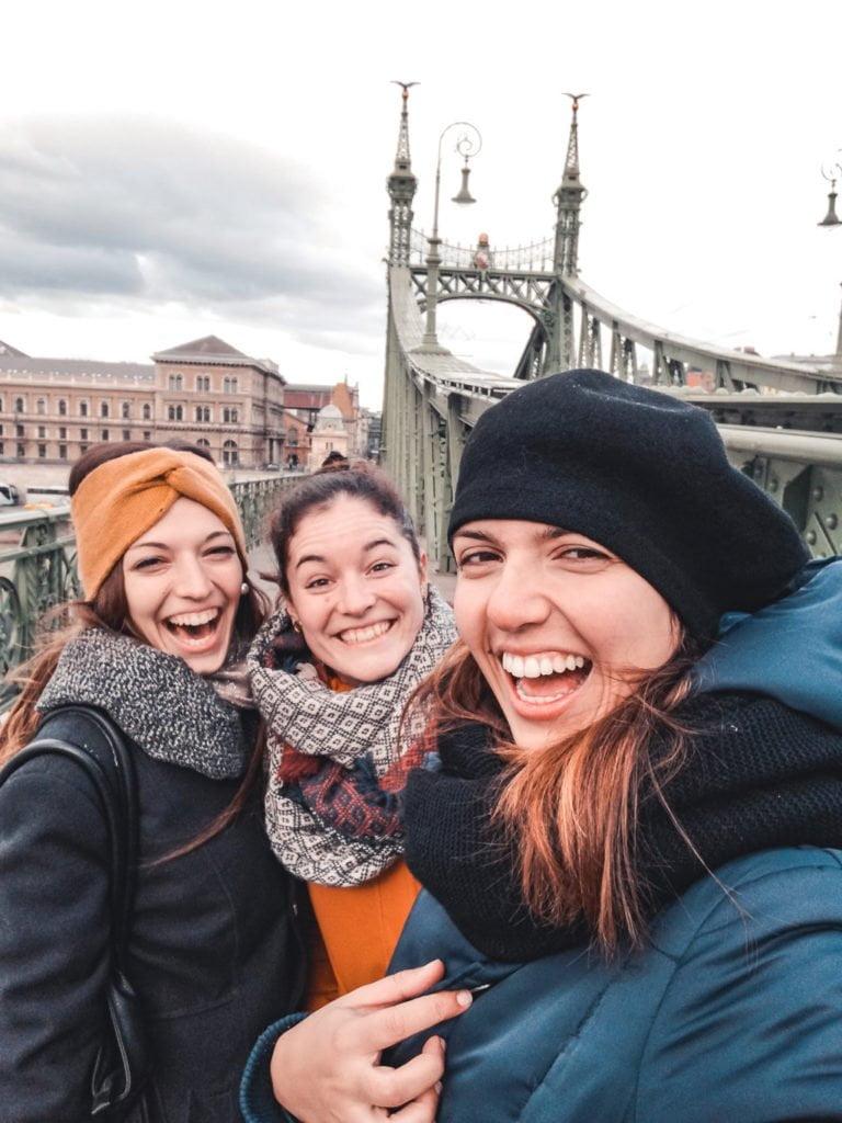 viaggio in solitaria a Budapest, ho conosciuto due ragazze tramite Couchsurfing