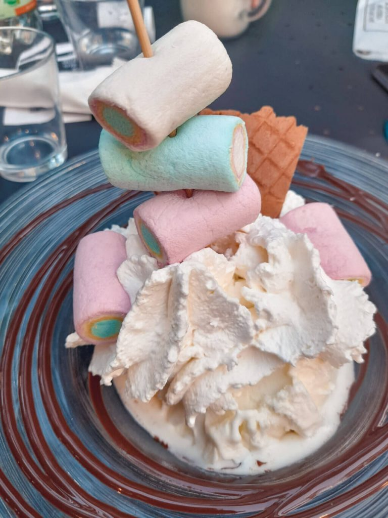 dove mangiare a ferrara il dessert, gelateria l'isola