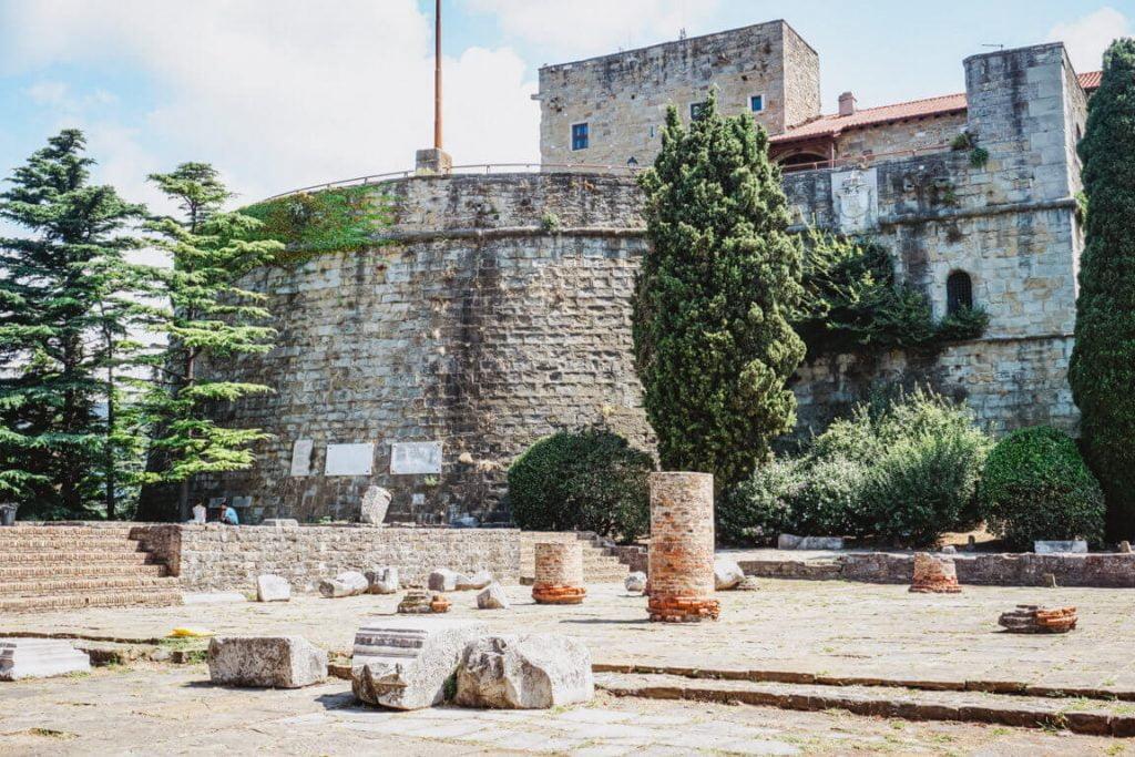 cosa vedere a Trieste in un giorno, Castello