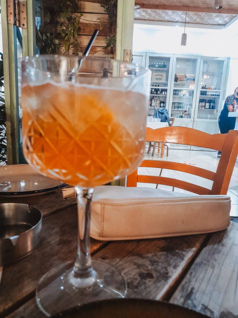 Cosa bere a Cipro, brandy sauer